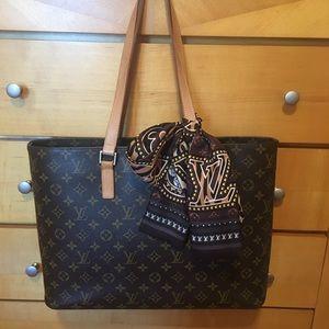 Beautiful Louis Vuitton Luco tote
